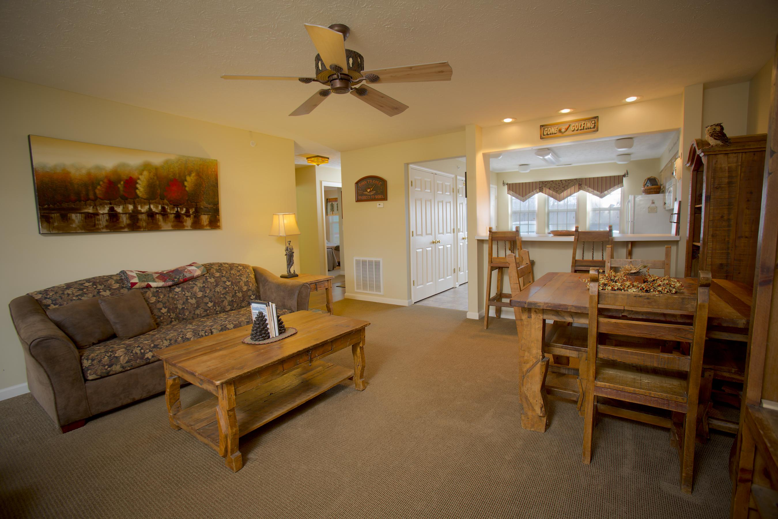 ... Click To Enlarge Image Salt Creek Lodge Living Room 2 ...