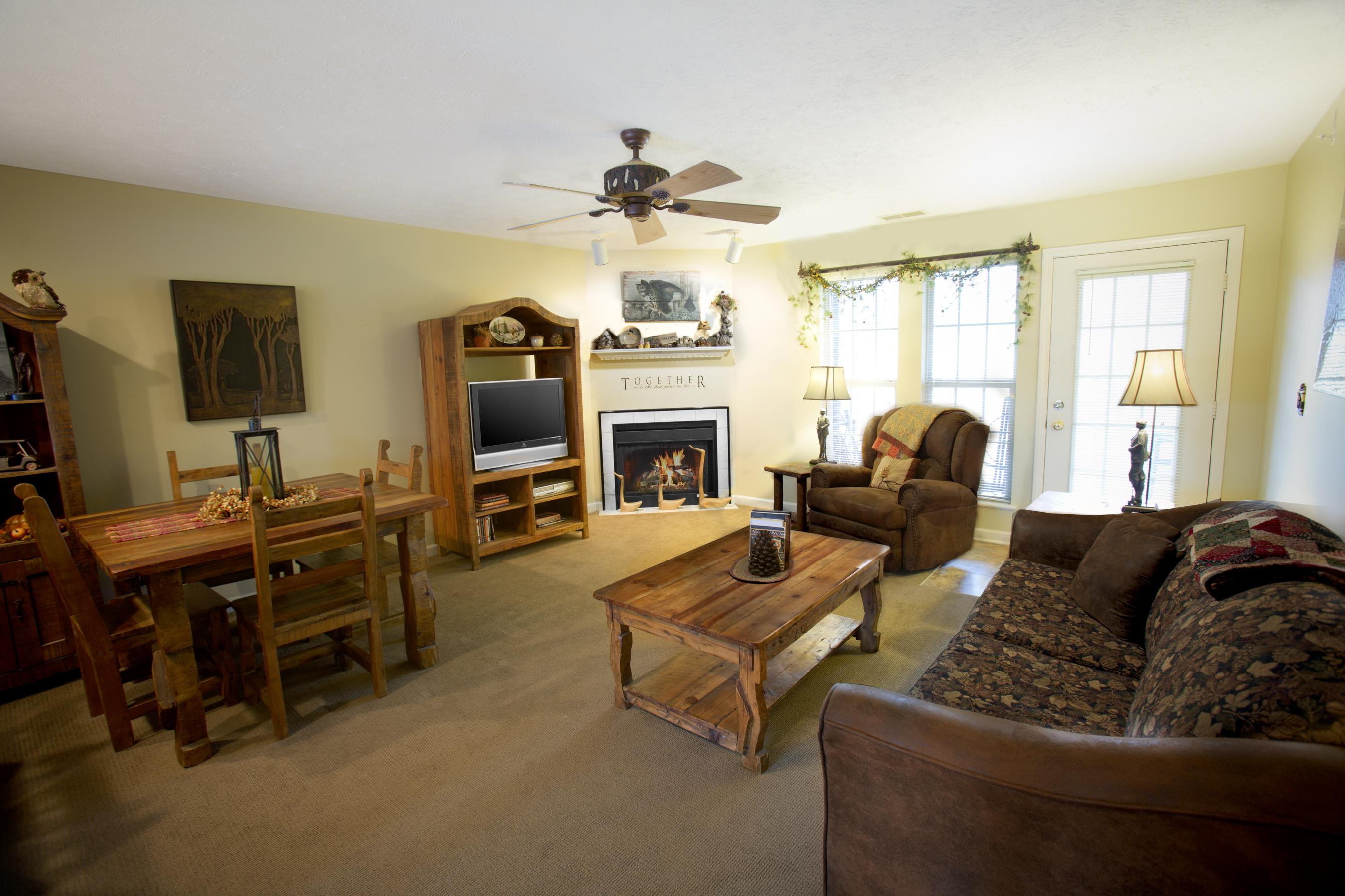 ... Click To Enlarge Image Salt Creek Lodge Living Room V2 ...